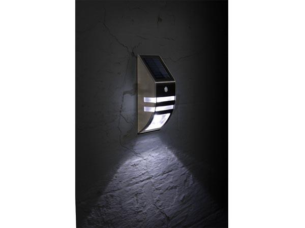 Solar Wandlamp Tuin : Solar wandlamp inclusief ingebouwde batterij tuindiscount be